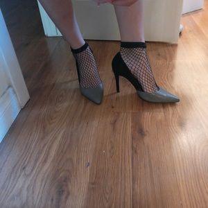 Two toned black & gray Heels by Zara Size 6